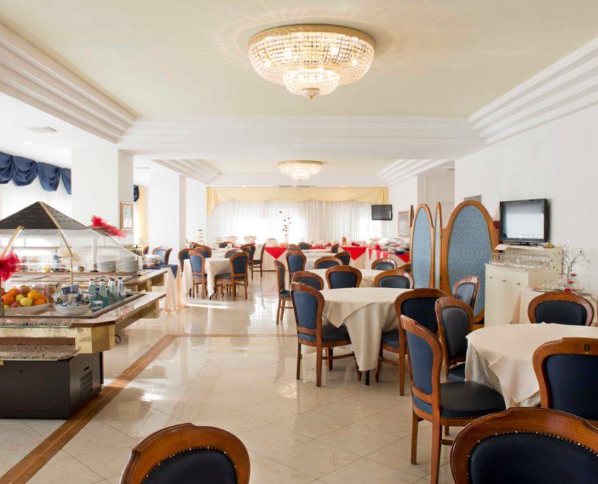 Sala Ristorante Hotel City 4 stelle Abruzzo Montesilvano