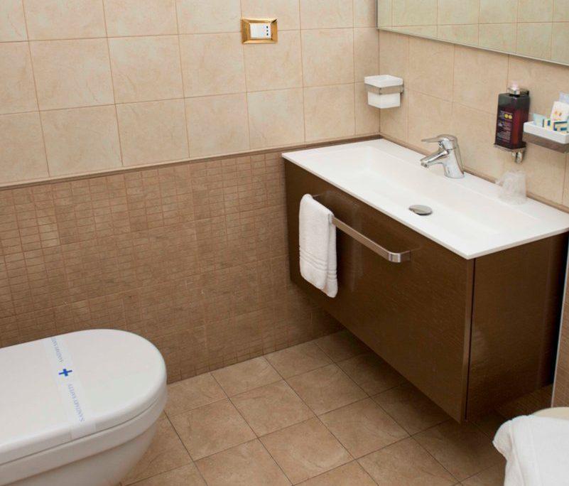 Bagno Camera Hotel City 4 Stelle Abruzzo